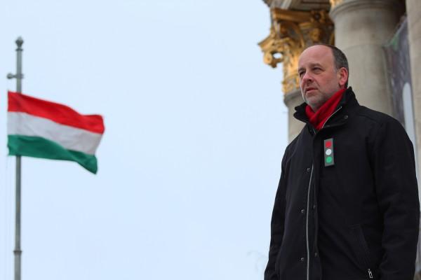 Nemes Csaba: Aktivista kokárdaFotó: Flohr Zsuzsi